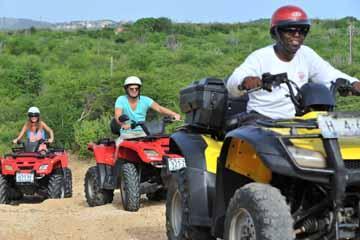 adventures_sports_man_guiding_atv_tours_curaçao (03).jpg