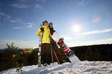 actief in de sneeuw man en vrouw.jpg