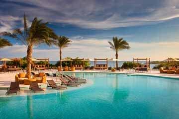 a signature resort photo.jpg