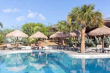 morena resort - lifestyle - lowres-11.jpg