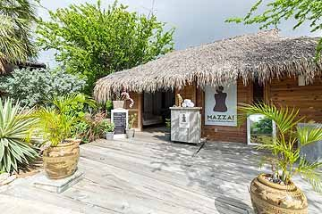 morena resort - stills - lowres-65.jpg