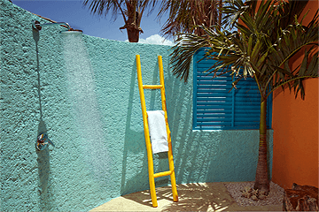 boardwalk_outdoor shower_cococasita .png